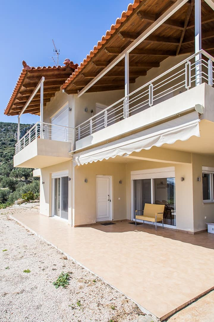 Sea View Villa in Tolo near Nafplio and Sea.