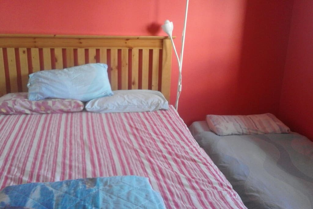 extra single bed when needed