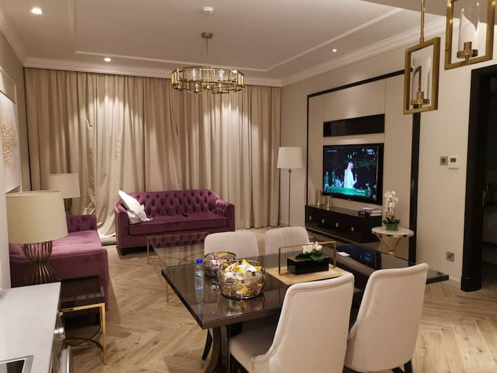 Brand new luxury furnished apt in Seef Avenue