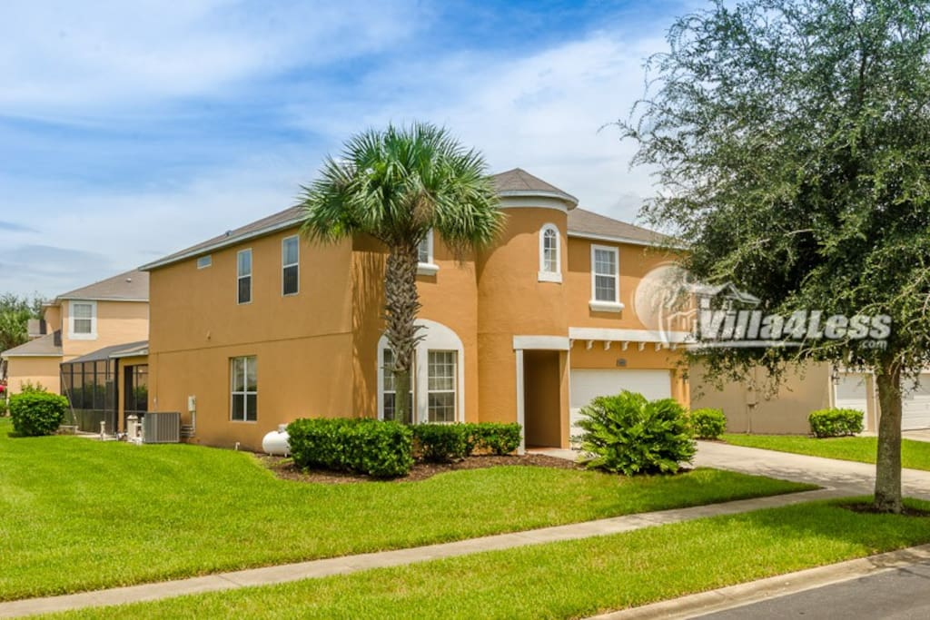 7 Bedroom 5 5 Bathrooms In Gated Resort 8572li Houses For Rent In Kissimmee Florida United