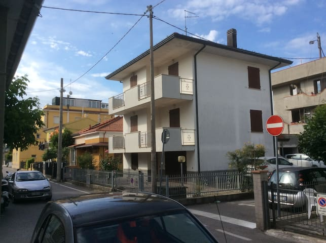 Appartamento vicino a spiaggia ed attività rimini - Rimini - Apartment