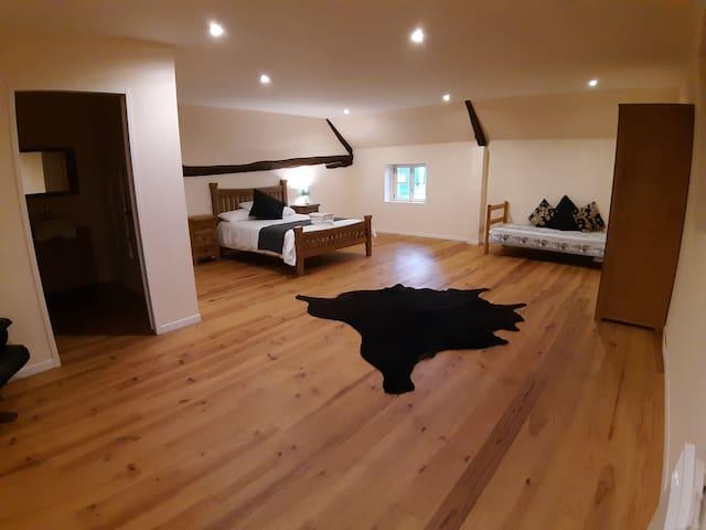2nd bedroom 1st floor