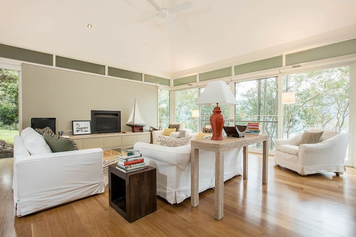Breathtaking, private, luxury home on Pittwater - Ku-Ring-Gai Chase - 獨棟