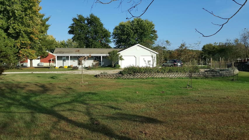 The Yoder Farm Country Escape Guest Suites For Rent In