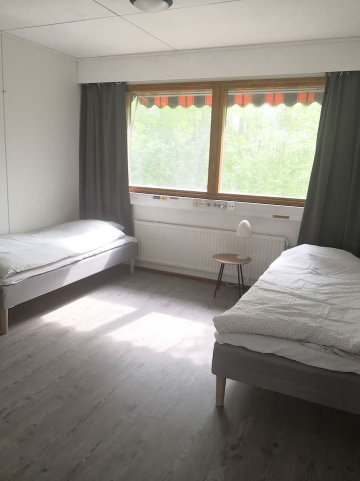 Room(s) or whole house for rent in Ekenäs.