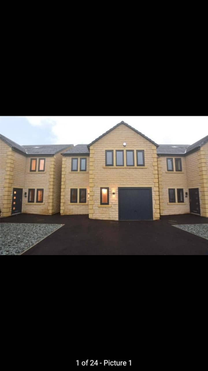 Large double bedroom in brand new home