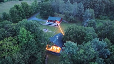 Lakeside home (private 4ac pond, 30+ acres)