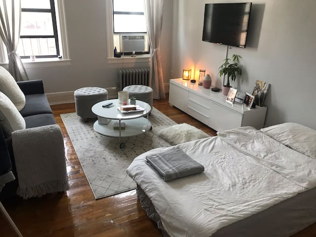 Cozy & clean place - 15min from Manhattan