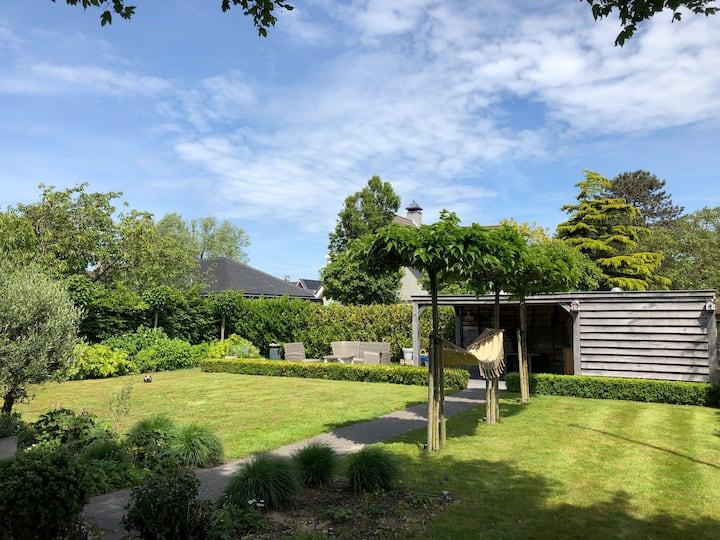 Heerlijke, vrijstaande woning met royale tuin!