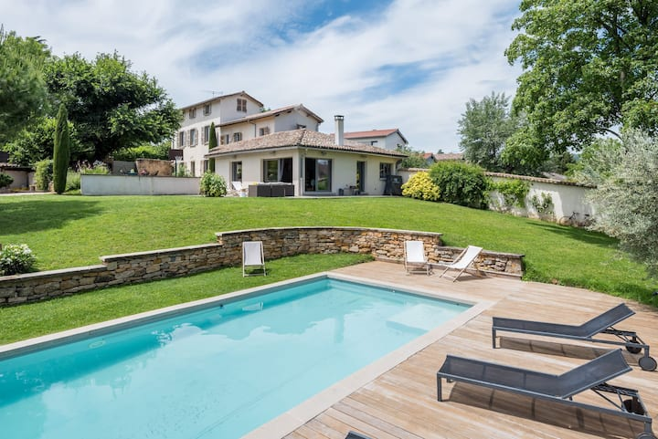 La Belle Etoile - Convivial house with a relaxed holiday atmosphere