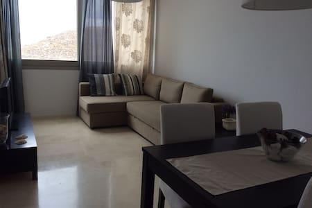 Apartamento con garaje, terraza y piscina - Carboneras - อพาร์ทเมนท์