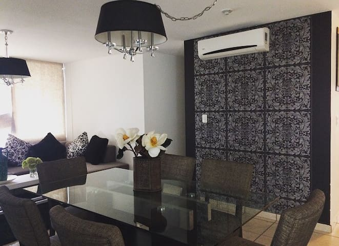 Beautiful Aparment with Private Room - Monterrey - Apartment
