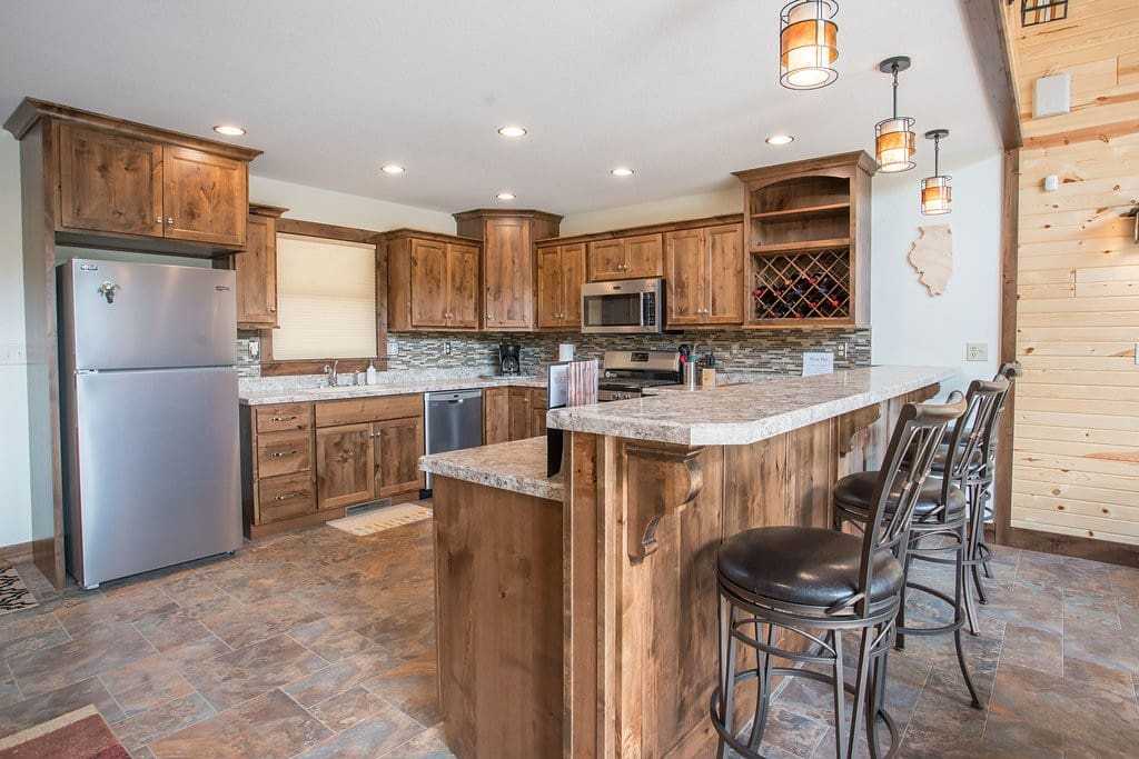 Large kitchen with lots of prep space