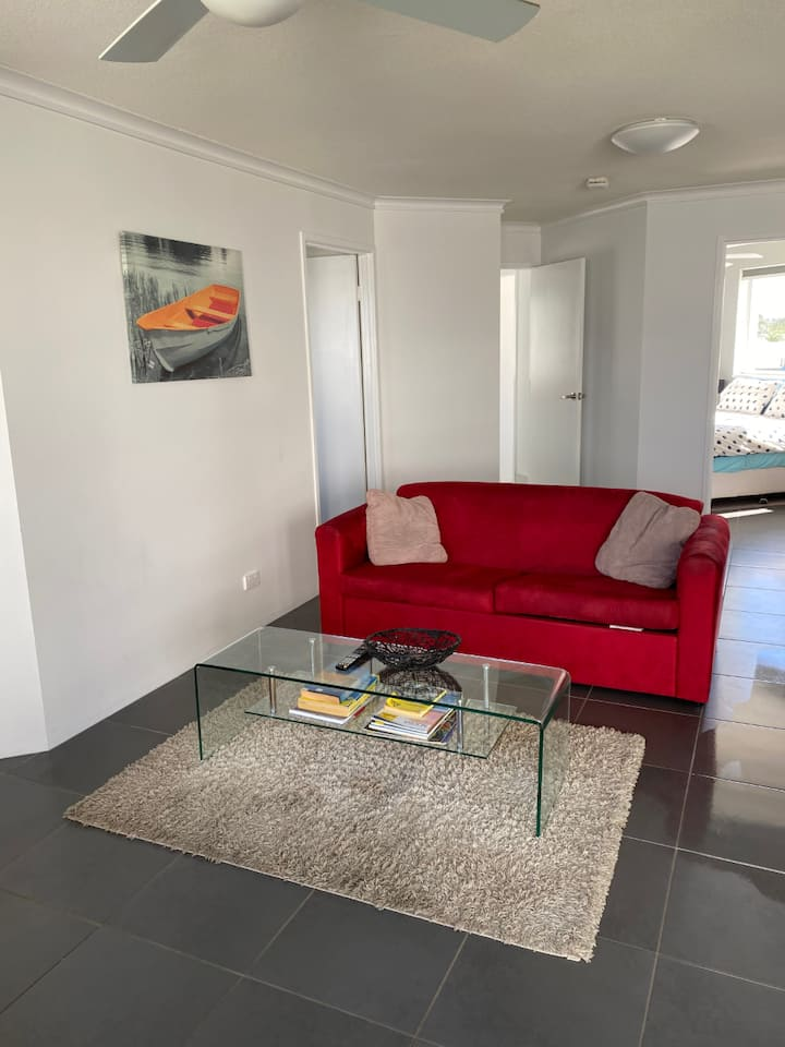 Mooloolaba Beach 2 Bedroom Apartment