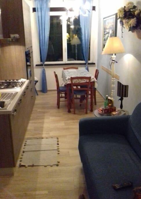 Appartamento piani d 39 invrea varazze sv loft in for Piani loft appartamento