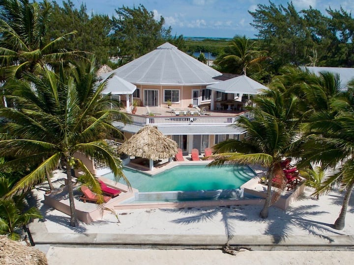 Beachfront 8BR: private pool, views, hot tub,more!