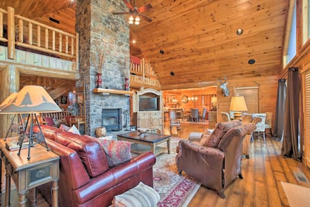 NEW! Outdoor Lovers' Dream Cabin w/Grill & Fishing