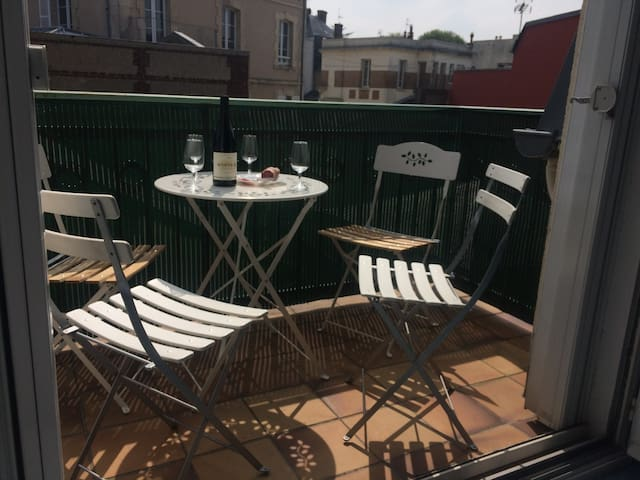 Bed+Sofa / 4 People / Terrace / Trouville Center