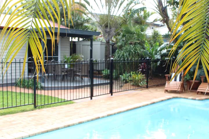 Umina Beach Pool Guest Stay