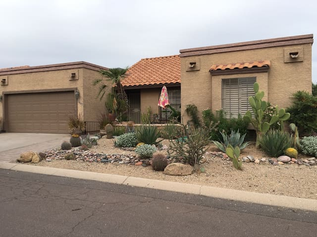 Beautifully furnished, warm & cozy - Fountain Hills - Hus