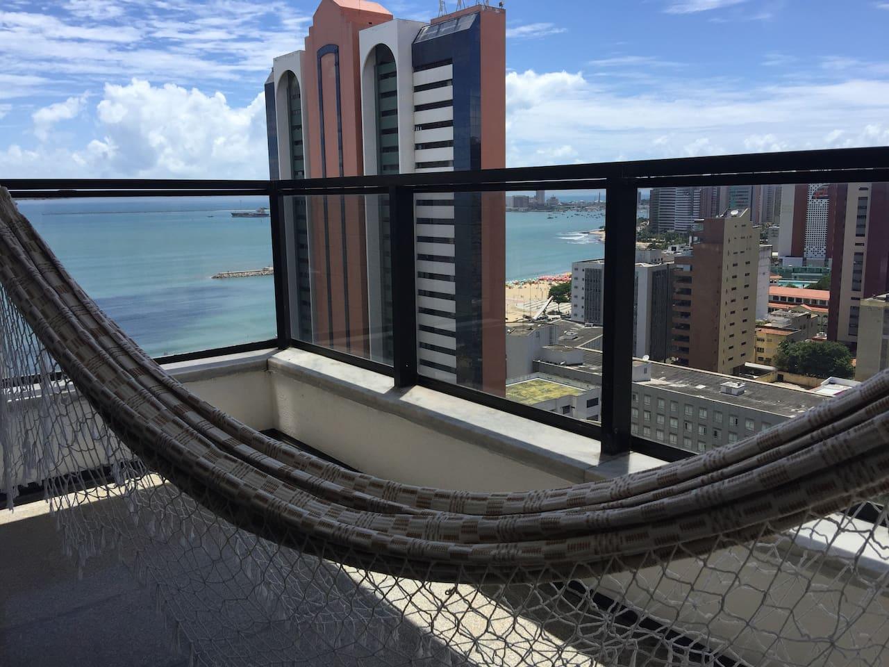 Vista da Varanda do apartamento com rede