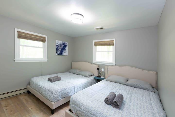 Two Queen Bed