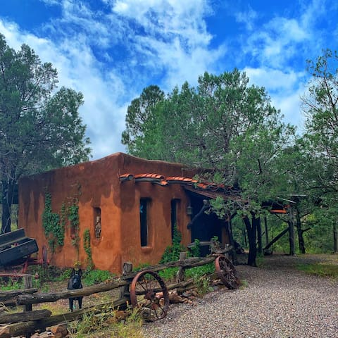 Glamping Casita @ Sapillo Creek Escape