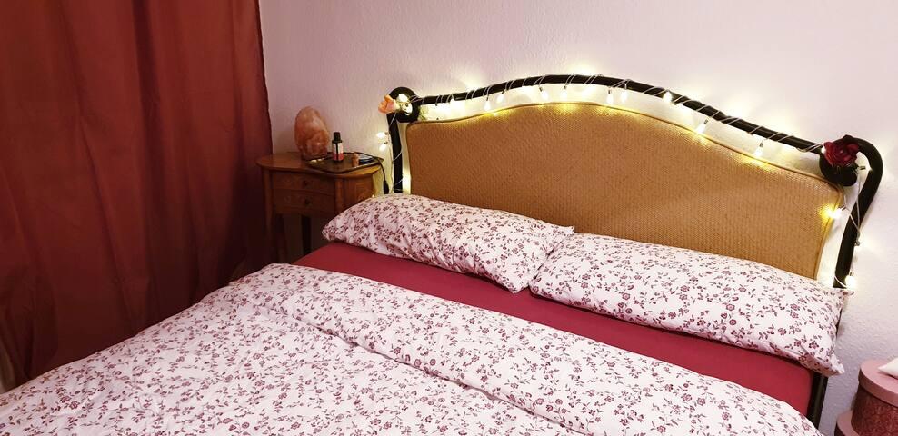 Romantisches Schlafzimmer - Romantic bedroom