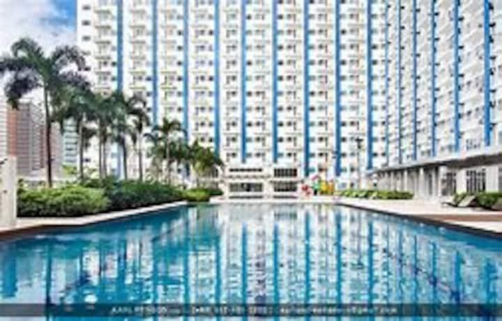 Condominium w/ Mall nr Makati & Ortigas great view