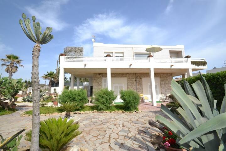 Cozy Holiday Home in Santa Croce Camerina by Sea