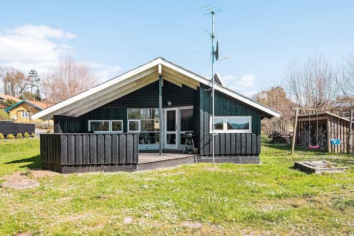 Charmante maison de vacances à Ebeltoft avec sauna