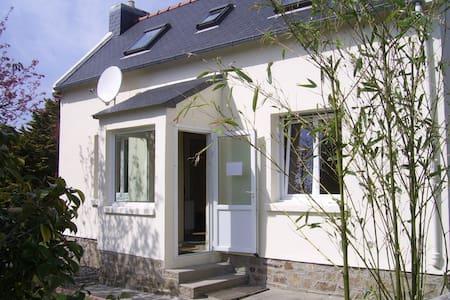 Maison bord de mer au calme et à 8 kms de Lannion - Trédrez-Locquémeau - บ้าน