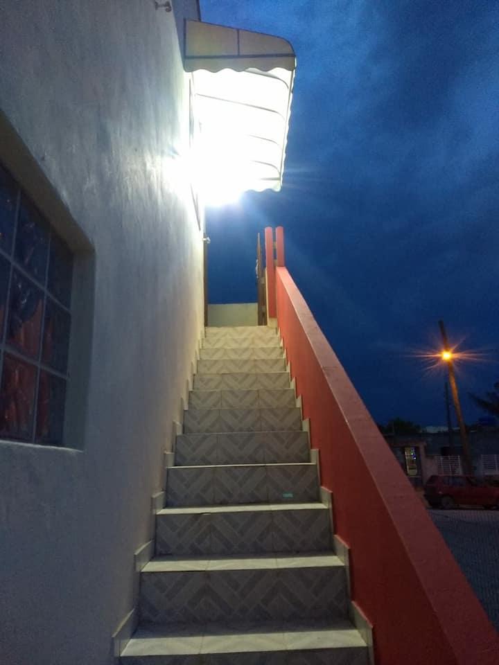 Departamento N 4 con balcon! fresco y tranquilo