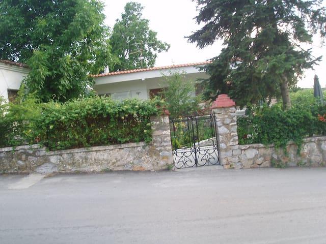 σπτιτι στην πλατεια - Thessaloniki - Hus