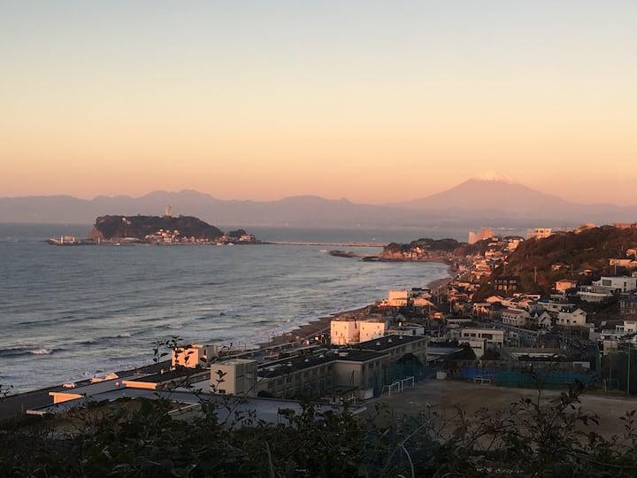 海や江ノ島、富士山が一望できる山の上のリゾートATTA HOTEL INAMURA