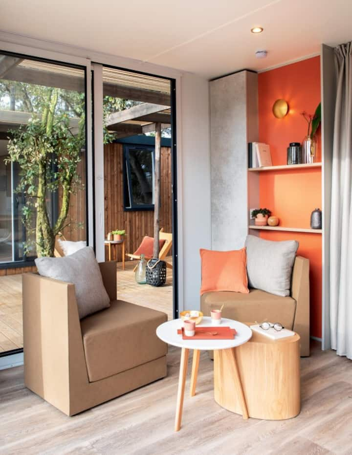 Luxe hotelchalet (2-pers) op loopafstand strand