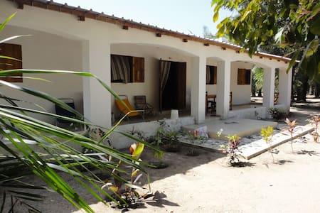 Chez Yoro - Abéné - Huis