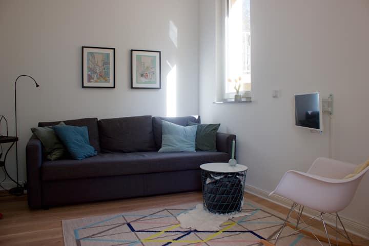 Beautiful central rooms in quiet neighborhood