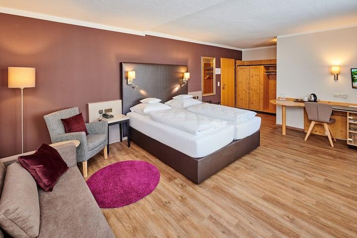 Hotel am See (Neutraubling), Komfort Plus Doppelzimmer mit kostenfreiem WLAN