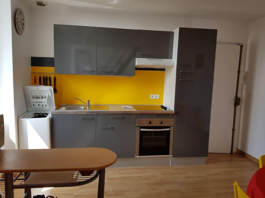 loue t3 100m plage de l 39 ecluse appartements louer dinard bretagne france. Black Bedroom Furniture Sets. Home Design Ideas