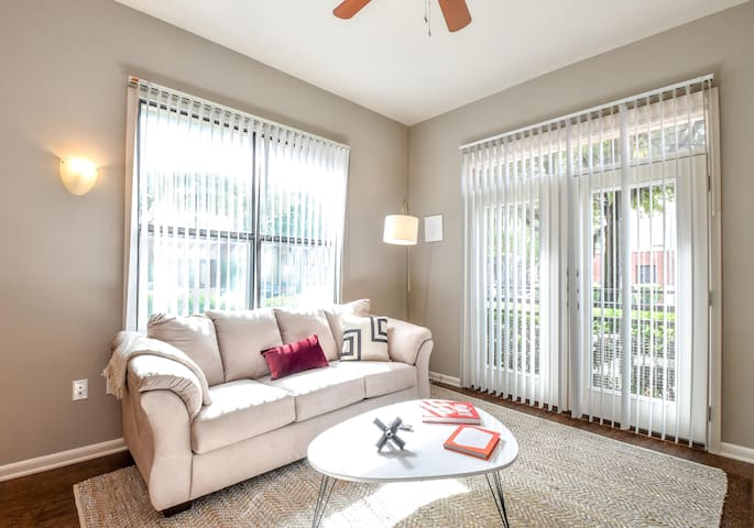 Executive 1BD/1BA in Plano - Perfect for Business