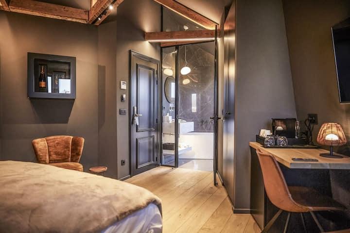 Chambre Deluxe Baignoire - ONIRO Tournai