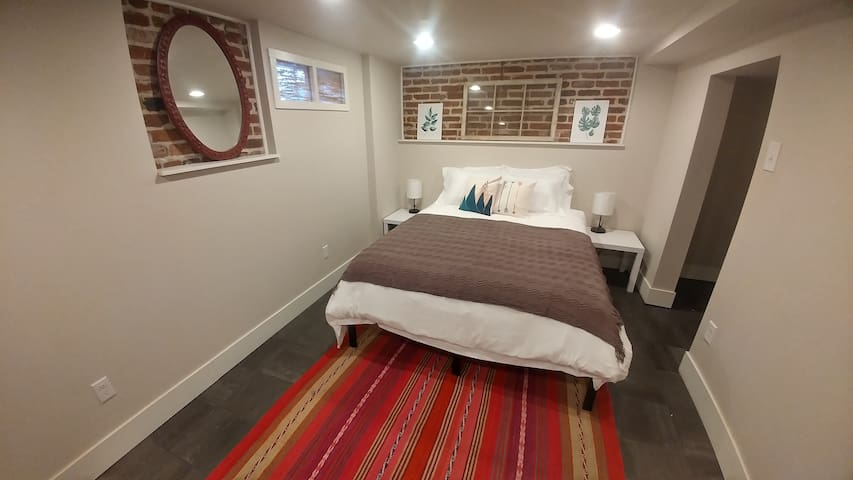 Comfortable and Clean Suite in Berkeley!