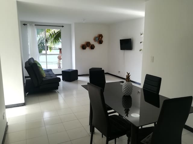 Hermoso Apartamento Laureles - San Joaquín