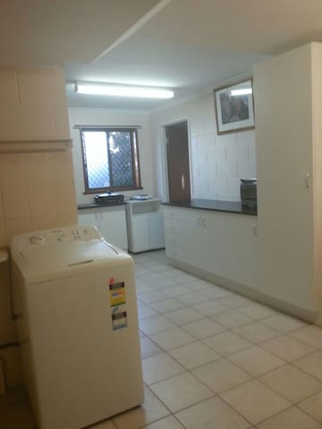 Family home close everything - Glenorchy - Apartemen