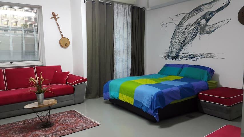 lovely rare cozy room near mrt 4 sweet travellers