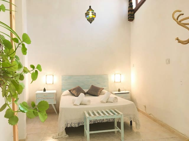 Ideal apartment in the street of the Alhambra