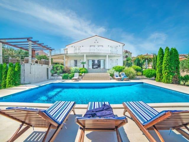Villa Belinda - Liznjan, Pula, Istria, Croatia - Ližnjan - Villa
