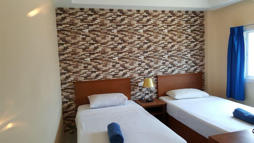 Standard room with Fan2