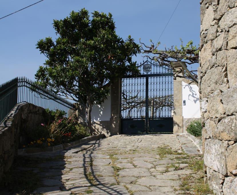 Entrance to Quinta da Vila